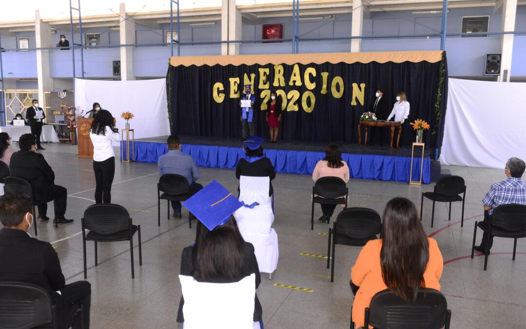 137 ESTUDIANTES EGRESARON DE CUARTO MEDIO EN LICEO BICENTENARIO MINERO JUAN PABLO II DE ALTO HOSPICIO